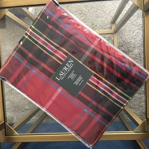 Ralph Lauren Holiday Red Plaid Round Tablecloth